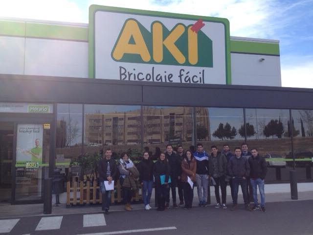 Visita a las instalaciones de AKI